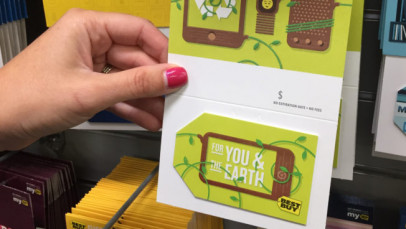 Best Buy started using fully recyclable gift cards made of paper, rather than PVC. (Image via EPR Retail News)