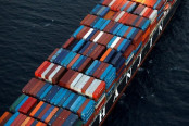 Hanjin Shipping is working to remove 4,300 shipping containers from the Port of Long Beach. (Image via Reuters)